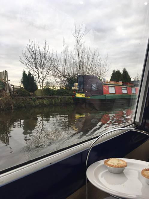 Blue Swan Canal hire