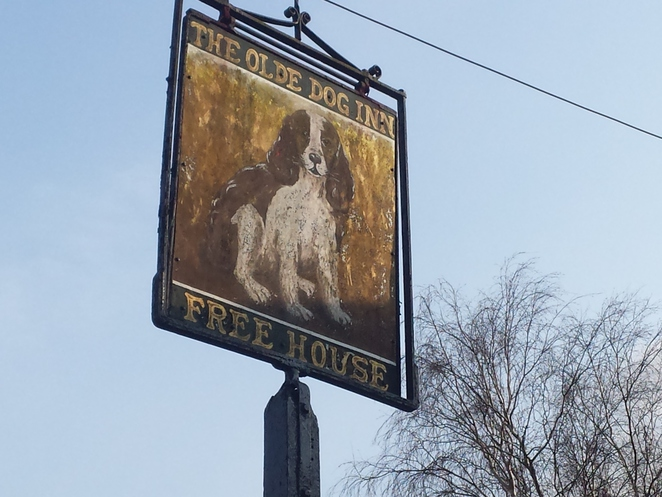 Old Dog Pub Brentwood