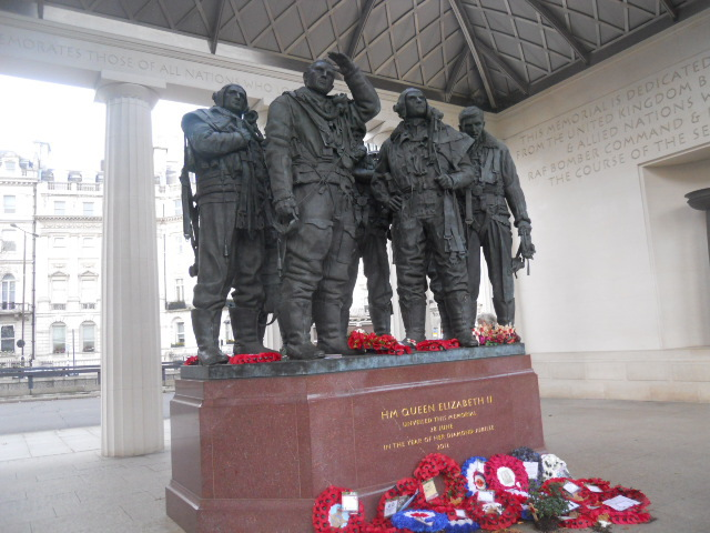 green park, bomber command memorial, raf memorial