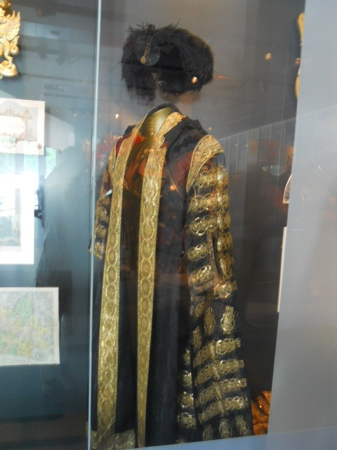museum of london, city gallery, lord mayor's robes, walter wilkin
