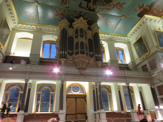 sheldonian, theatre, oxford, christopher, wren