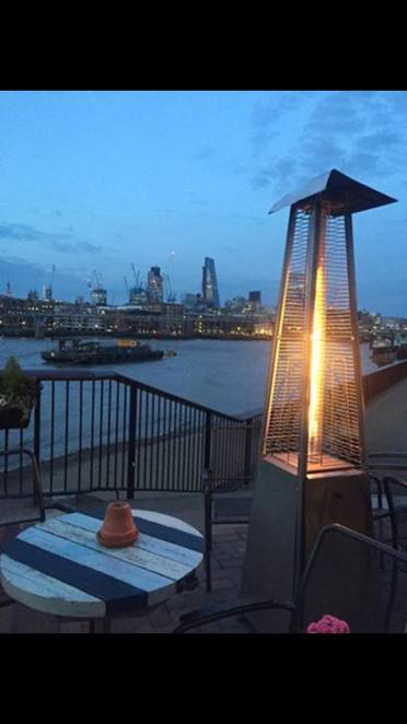 Southbank Thames London River Central Bar Pub View Horizon Cityscape Romantic