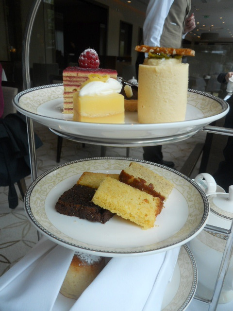 kensington royal garden hotel, afternoon tea, piano, cake tier