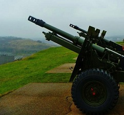 Two Guns at Dover Castle