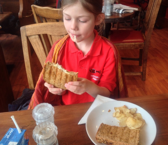 Mild cheese toastie, girl, child, red, plate, café