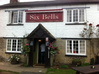 Six Bells, Kidlington, Pub, Football, Food, Sport, Garden