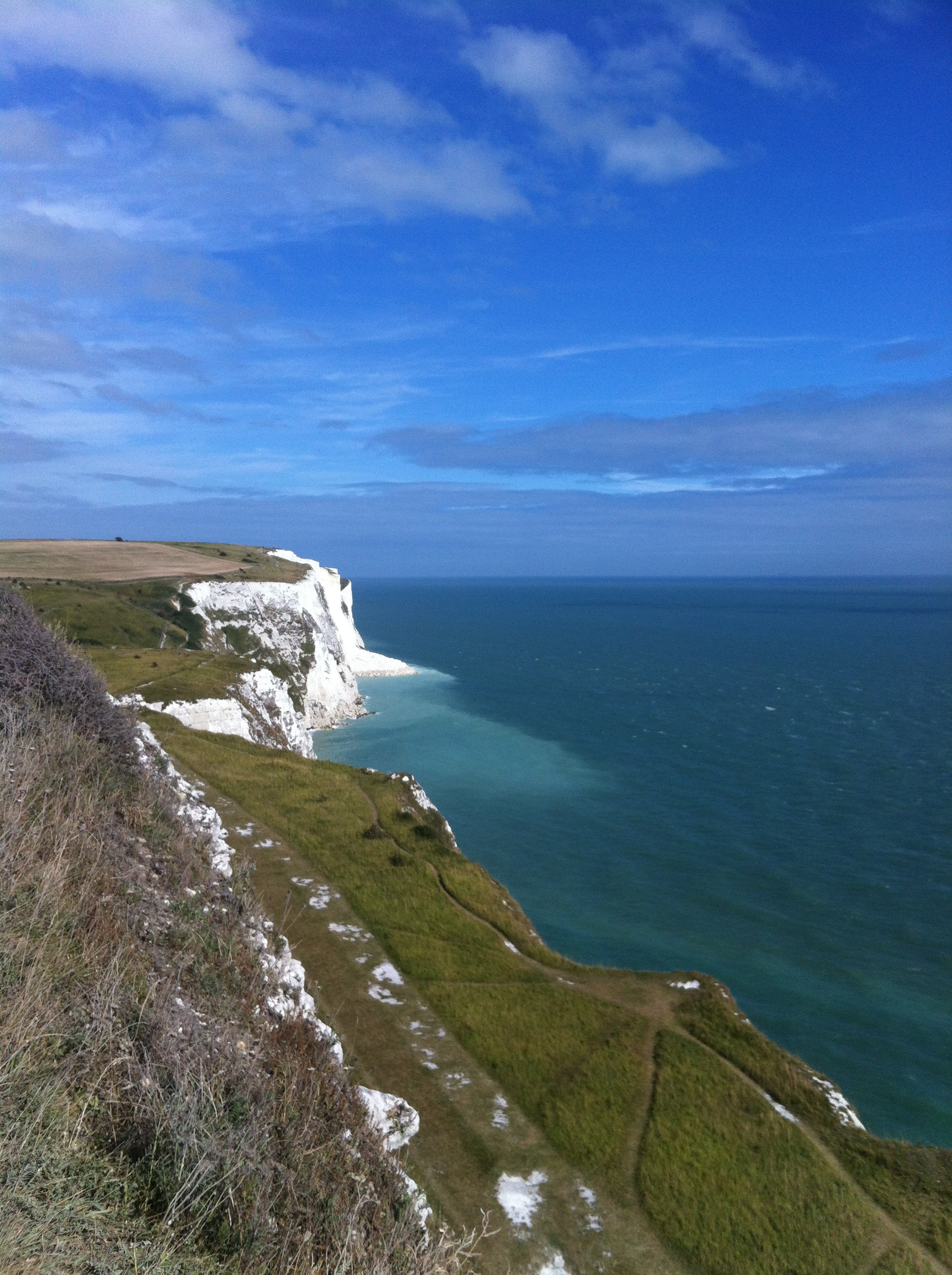 how to get to white cliffs of dover from london