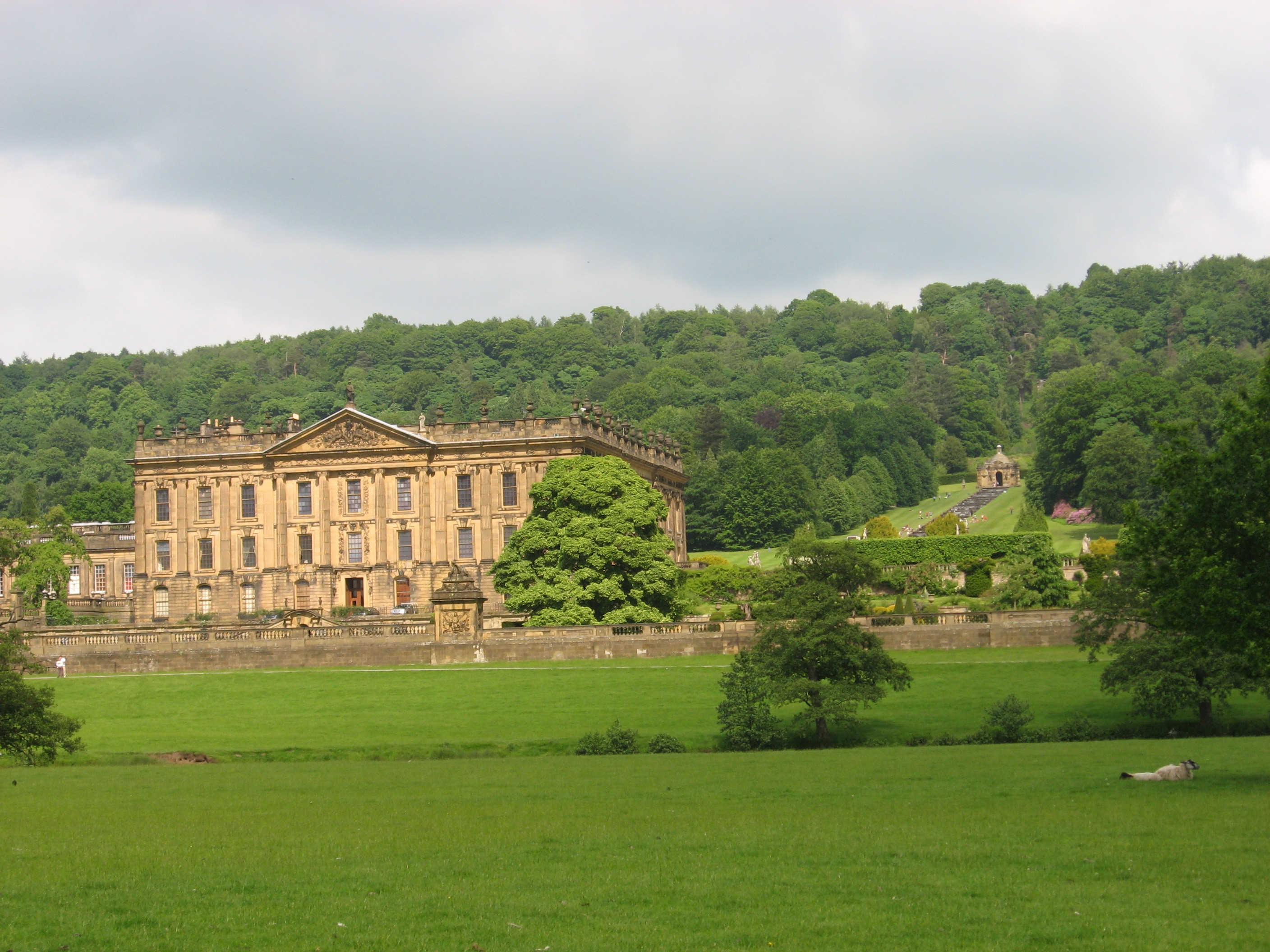 A Walk From Chatsworth House To Eyam Churchyard United