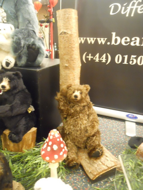 hugglets, winter bearfest, bear bits