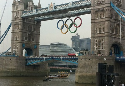 Tower bridge, olympic rings, london 2012