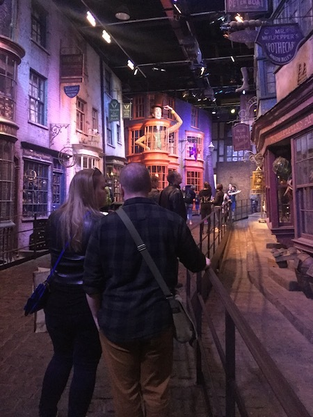 Warner Bros. Harry Potter Studio Tour, Leavesden Studio, diagon alley, Weasley wizard wheezes