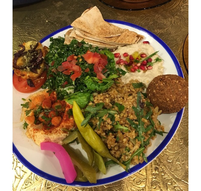 Comptoir Libanais , Lebanese canteen, birmingham, grand central, middle eastern food restaurant, halal . Photo Alison Brinkworth