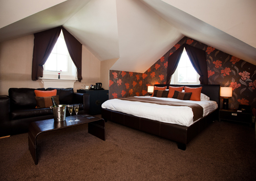the chocolate boutique, hotel, suite, bed, room