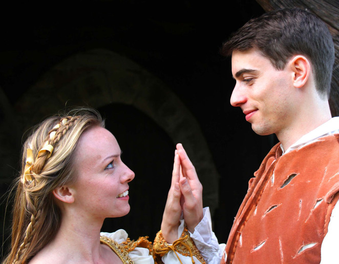 Alicia Bennett and Anthony Pinnick in Romeo and Juliet