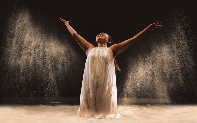 Dido queen of Carthage RSC swan theatre review