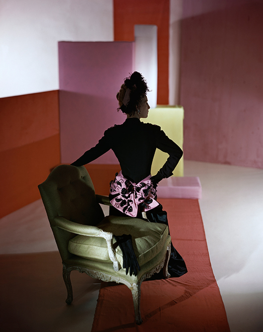 horst, photographer of style exhibition, victoria and albert museum, Dinner suit and headdress by Schiaparelli, 1947. © Condé Nast/Horst Estate