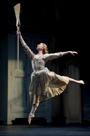 Birmingham Royal Ballet, Elisha Willis, final dances for BRB, Australian born, Cinderella
