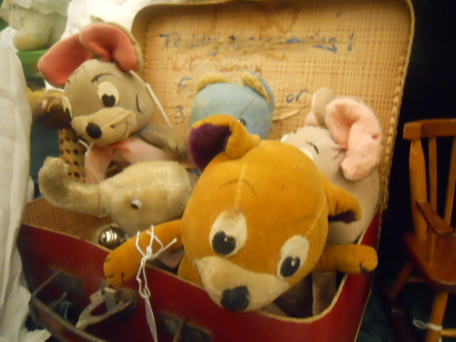 hugglets, teddies festival, Kensington town hall, the old bear company, hanna Barbara, tom and jerry, pixie and dixie