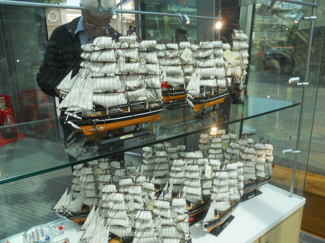 cutty sark, ship, merchant vessel, museum, greenwich, gift shop, model