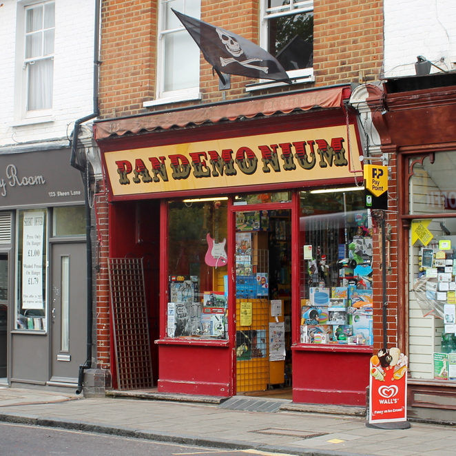 Pandemonium, East Sheen, Sheen Lane