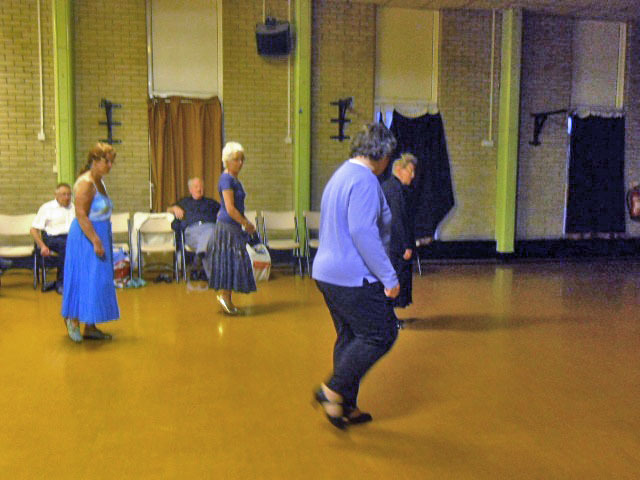 south mitcham Community Centre, social dancing club, line dancing