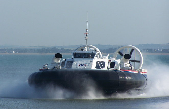 Hovercraft, Hover travel, Isle of Wight, Southsea