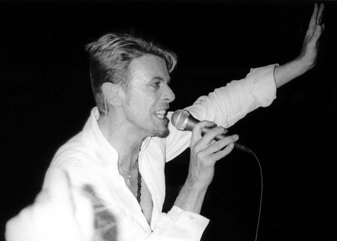 David Bowie, the bowie experience, music, concerts, starman, let's dance, opera house, manchester, singing,