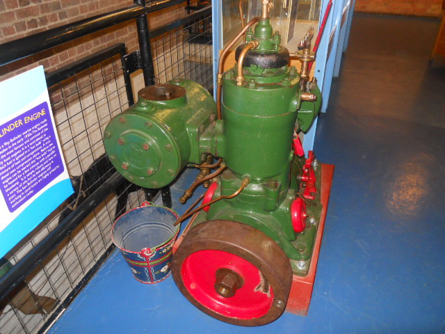 london canal museum, engine