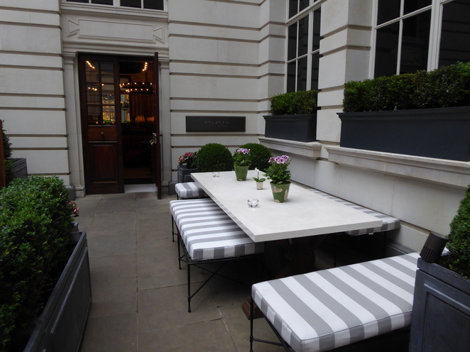 Rosewood Hotel, London, Holborn, Restaurant, Scarfes, Mirror Room, Covent Garden, West End, British Museum, Courtyard Terrace