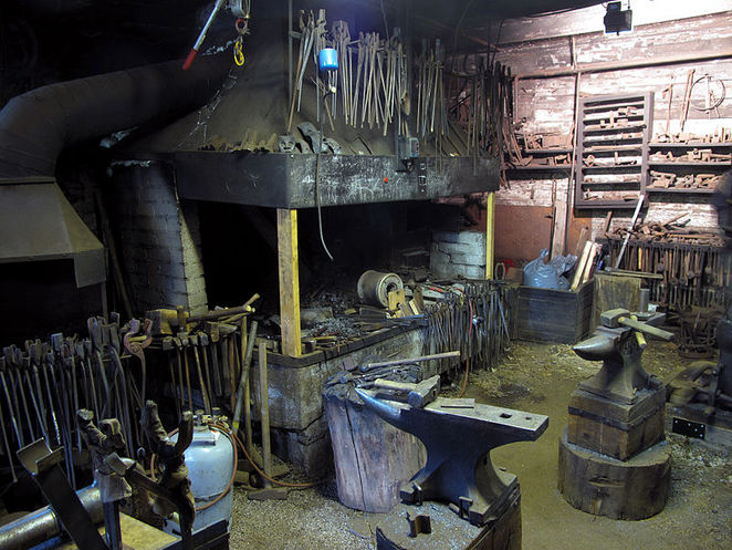 black smith, wikimedia commons,