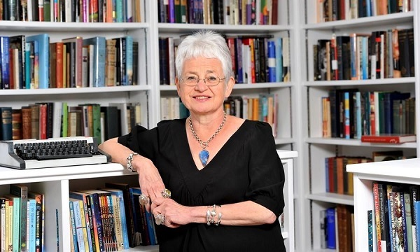jacqueline Wilson, children's author, Wave me goodbye