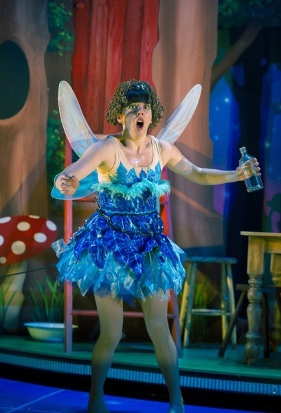 Peter Pan Goes Wrong UK Tour theatre review