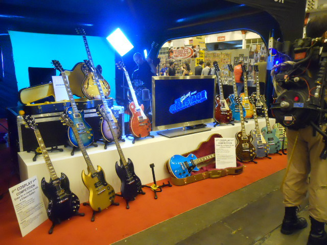 london film and comic convention, guitars