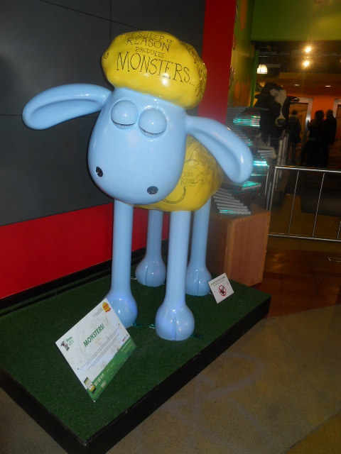 shaun in the city, monsters