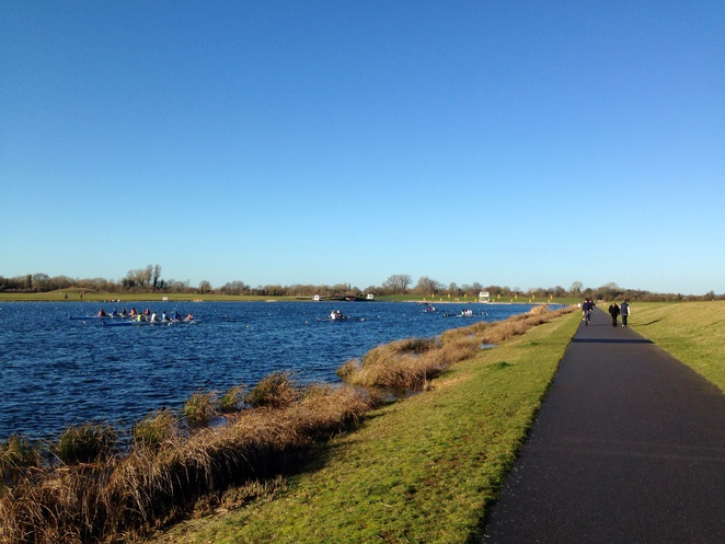 Dorney lake, best places to walk with kids, walks in Windsor, Dorney lake bike, eton walk
