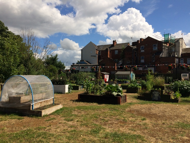 bridge, street, edible, garden, banbury