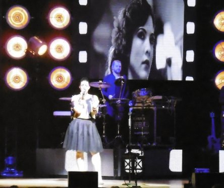 Caro Emerald, Symphony Hall Birmingham, Absolutely Me Tour, Review