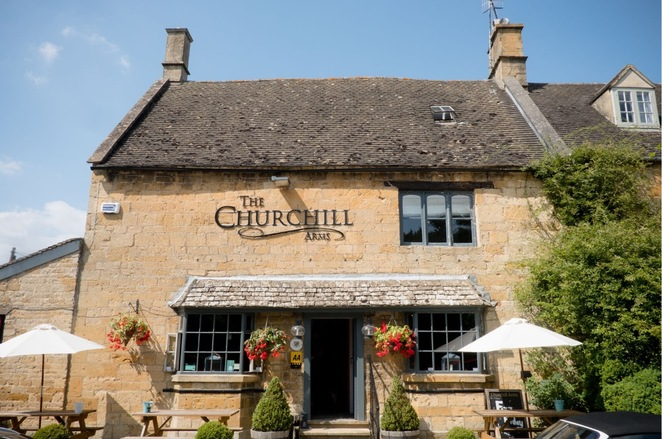 Churchill arms, Paxford, food review,