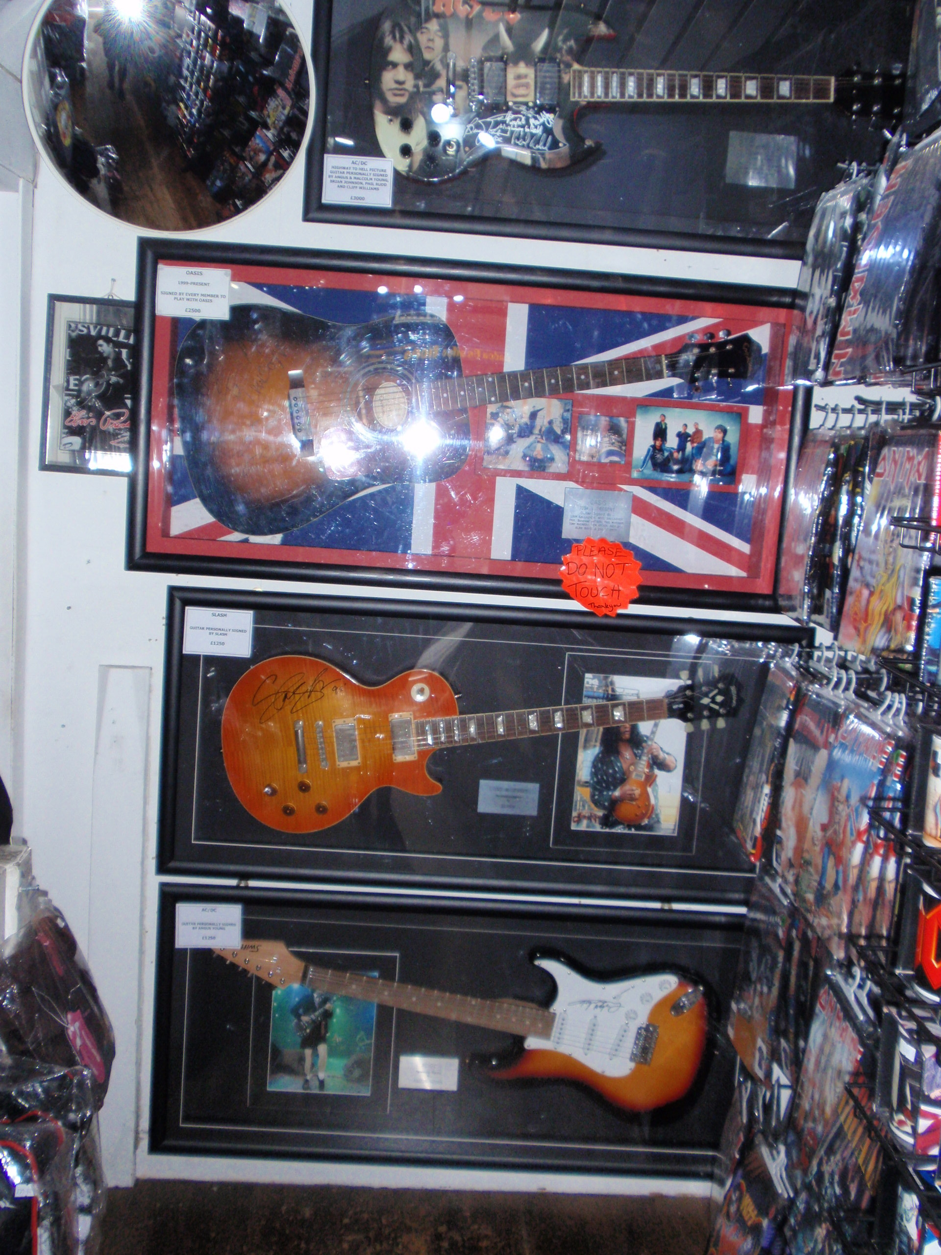 London Beatles Store And It S Only Rock N Roll London