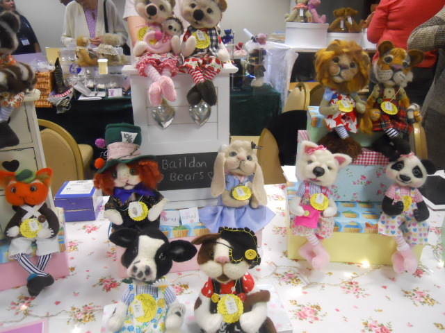 hugglets, kensington town hall, teddies winter bearfest, balidon bears