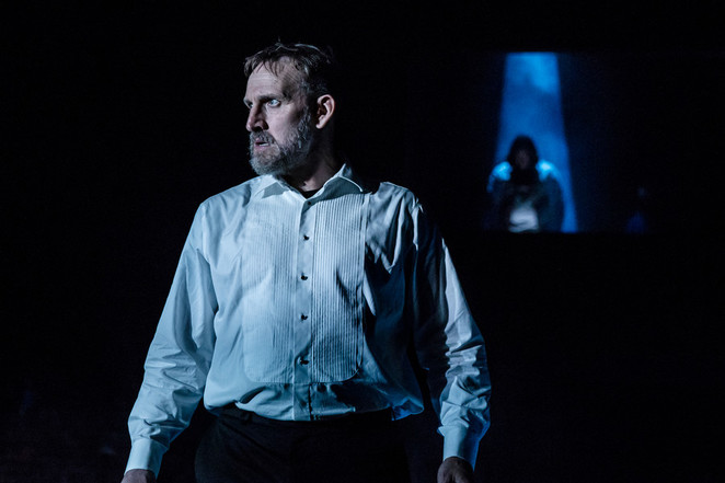 Macbeth, RSC, Christopher Eccleston, Niamh Cusack, Polly Findlay, 2018, photo Richard Davenport