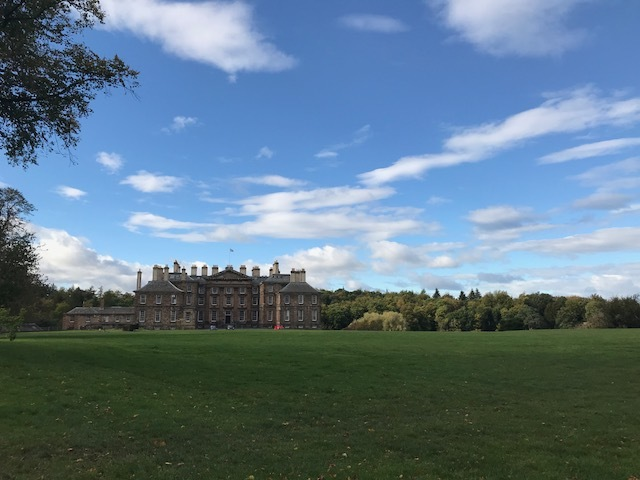 edinburgh country countryside nature walk history palace heritage outdoors activities