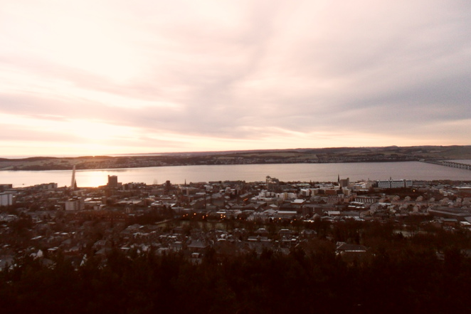 Law Hill morning sunrise Dundee