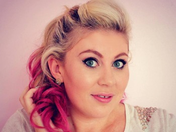 Sprinkle of Glitter, vlogger, Louise Pentland, meet and greet in Birmingham, Old Rep Theatre