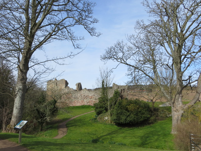 hailes castle, edinburgh