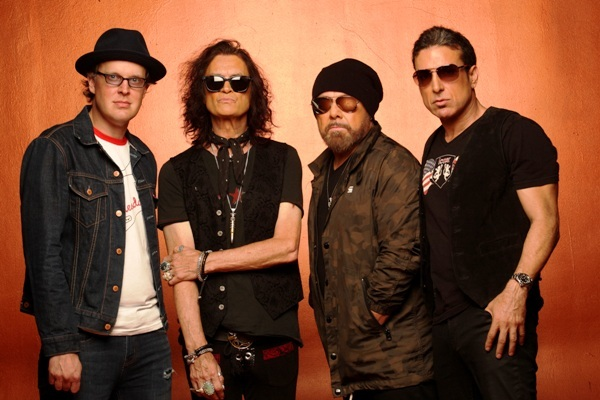 Black Country Communion, Glenn Hughes, Joe Bonamassa, Jason Bonham, Derek Sherinian, Wolverhampton Civic Hall, BCCIV