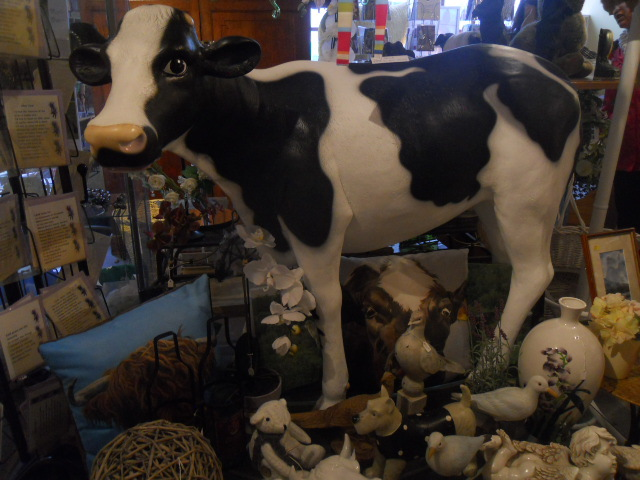 cartmel, chamberlains' gifts, cow