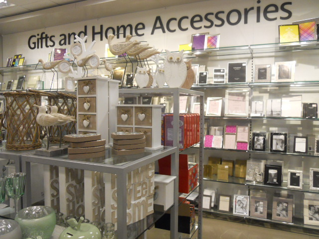 elys, cook & dine relaunch, gifts, accessories