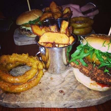 Onion rings, burger, Fallow, Fallow Bar, Fallow Cafe
