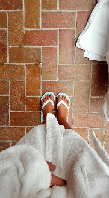 riverhills, riverhills spa, spa day, spa, clarice house, suffolk spa, ipswich spa, spa treatments suffolk, spa treatments, pool spa, mothers day spa, suffollk pool, ipswich pool, slippers, robe, spa robe, spa slipers